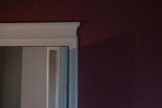 Colore Pareti Bordeaux : Colore pareti bordeaux: parete soggiorno bordeaux colore per pareti